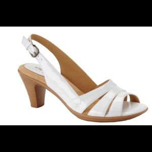 Softspots White Women-s Neima Sandals
